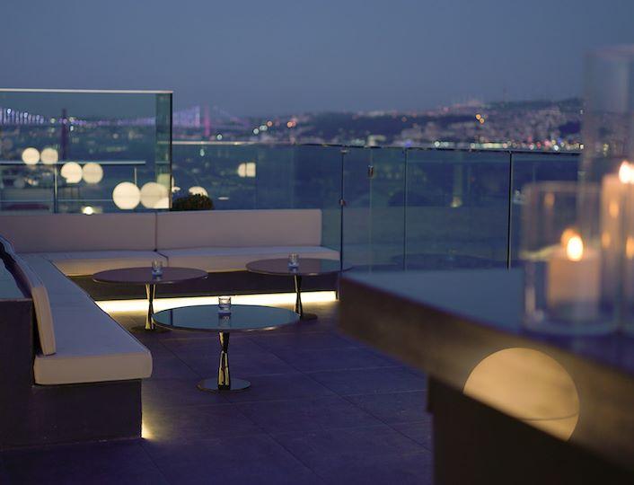 Sky Lounge 4